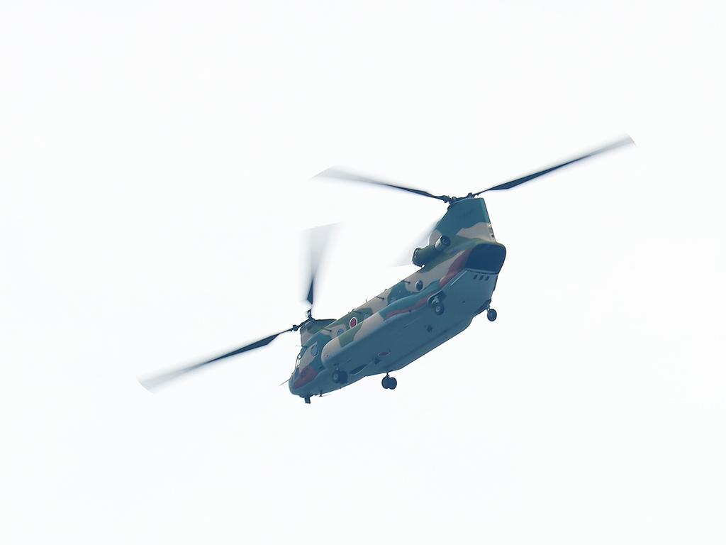 JSDF_CH-47J_20150820-1