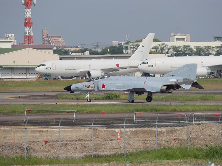 JSDF_F-4EJ_20160520-2