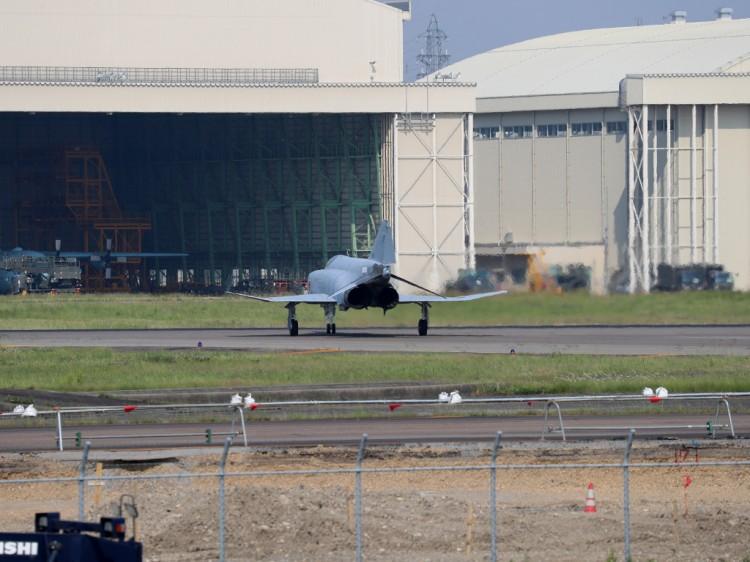 JSDF_F-4EJ_20160520-3