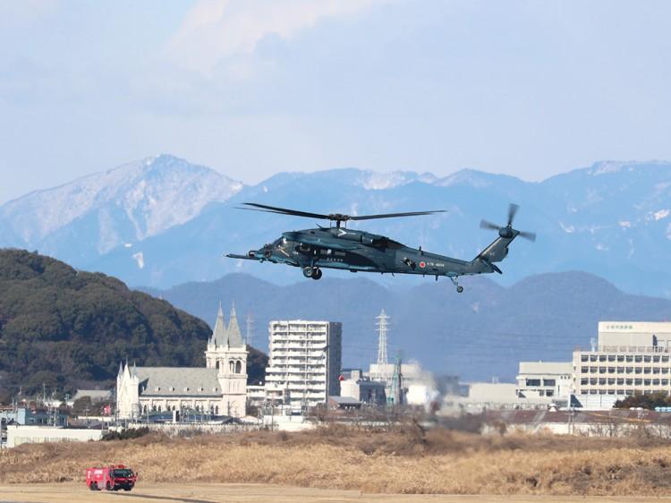 JSDF_UH-60J_20170125-1