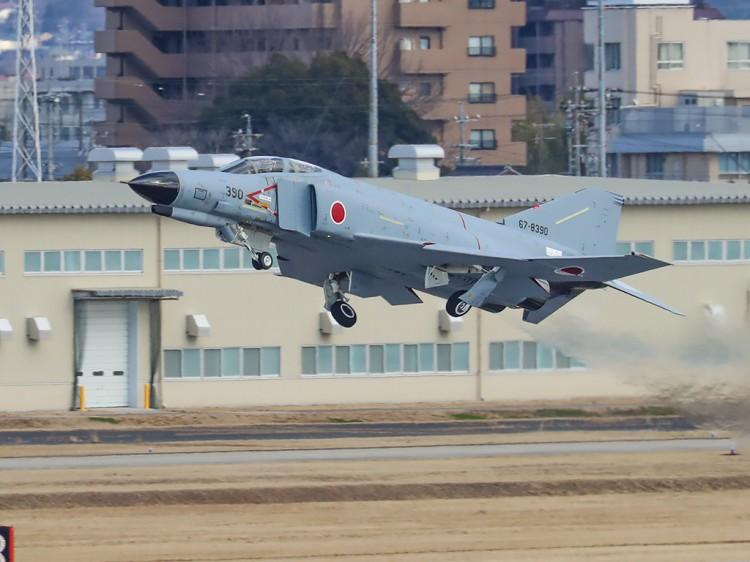 JSDF_F-4_20170210-11