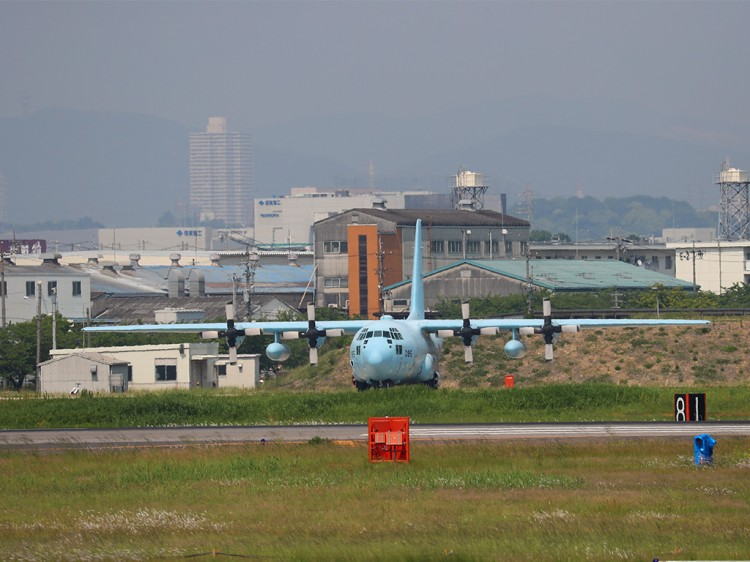 JSDF_C-130H_20160520-1