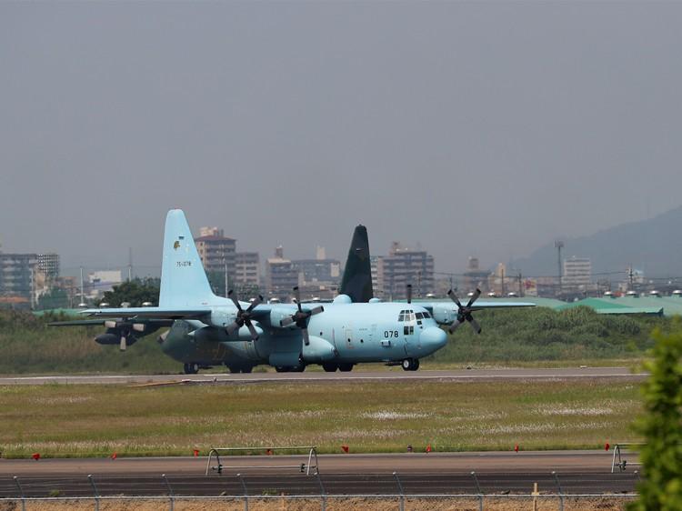 JSDF_C-130H_20160520-4