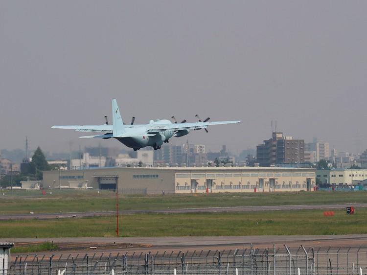 JSDF_C-130H_20160520-8