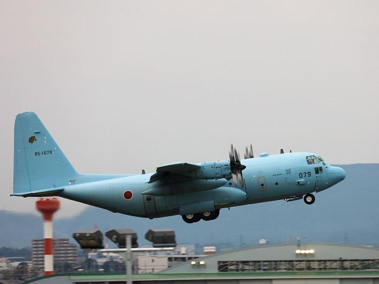 JSDF_C-130H_20160627-4