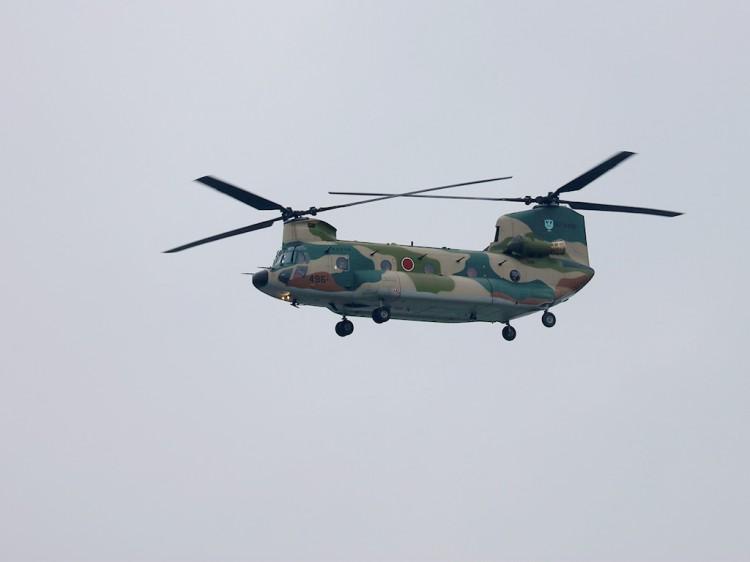 JSDF_CH-47J_20160516-1