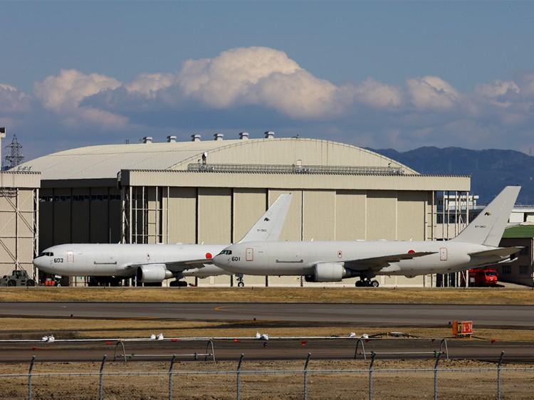 JSDF_KC-767_20160312-5