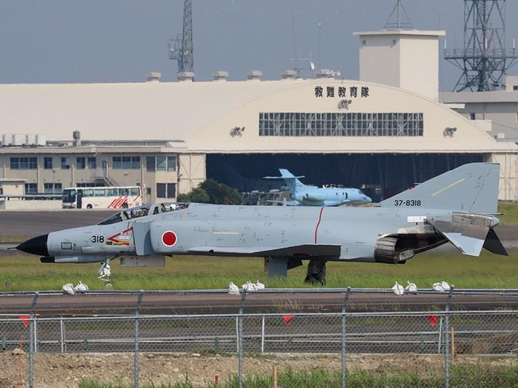 JSDF_F-4EJ_20160520-1