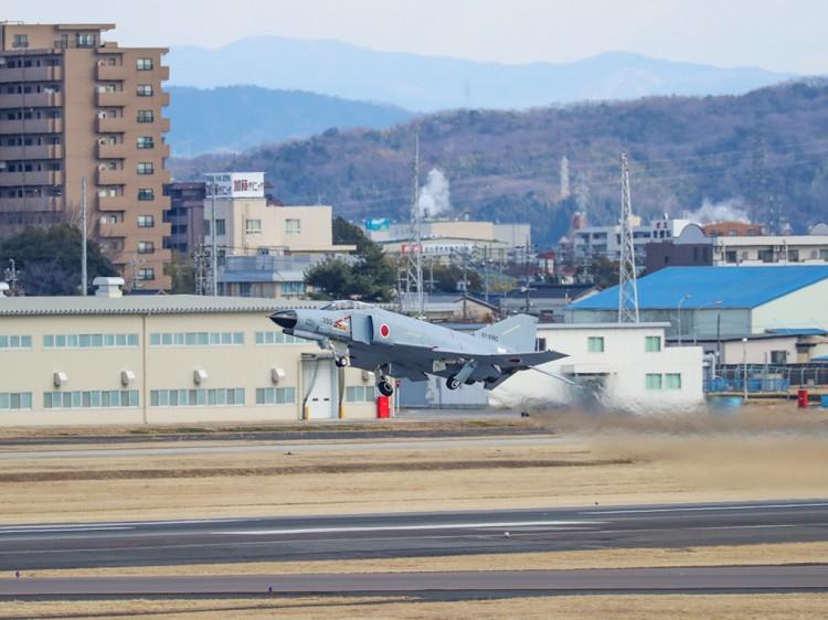 JSDF_F-4_20170210-10